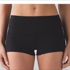 Lululemon Boogie Black Short *Full-On Luxtreme 6